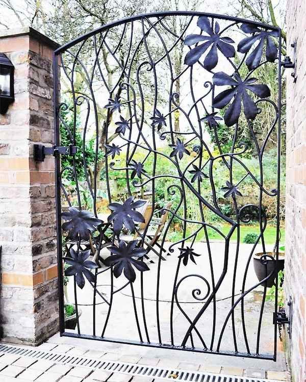 metal-garden-gates-design-ideas-wrought-iron-gate-leaves-pattern